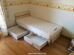 Diy Pallet Bed With Storage by Pallet Bed With Storage Plans Recycled Things