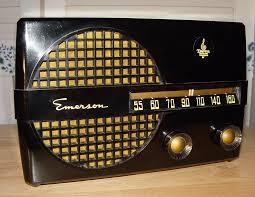 design hifi mã bel norman bel geddes emerson 400 aristocrat radio yellow