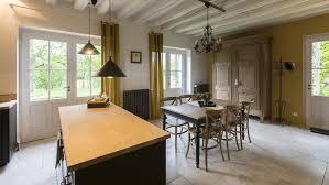 cuisine a vivre la cuisine et la pièce à vivre le pigeonnier colbert