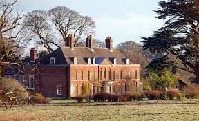 10 bedroom house see inside sandringham house the queen s estate people com