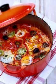 comment cuisiner les tomates oeufs pochés dans une compotée de tomates anciennes cuisine cagne