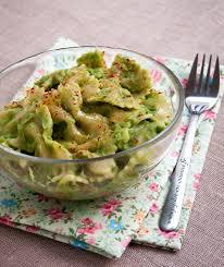 cuisine brocolis que faire d un brocolis trop cuit une sauce pour vos pâtes bien