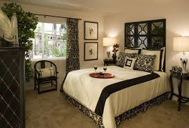 How To Decorate A Guest Bedroom - decorating small bedrooms home interior