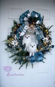 lighted wreath white owl pre lit battery operated