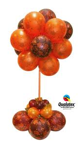 this beautiful classic and elegant balloon centerpiece is perfect