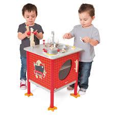 cuisine en bois jouet janod cuisine the cocotte bois janod king jouet cuisine et dinette