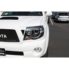 toyota tacoma hid fog lights xenon hid kit 05 11 toyota tacoma halo led projector headlights