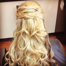 can u0027t decide whether to wear your hair up or down opt for the