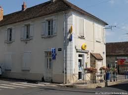 actuel bureau la poste bientôt intégrée à la mairie actu fr