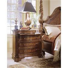 Cortina Bedroom Furniture Universal Furniture Villa Cortina Bedroom Nightstand