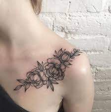 25 beautiful women shoulder tattoos ideas on pinterest shoulder