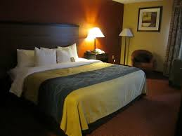 Comfort Inn In Oxon Hill Md Hotel Room With King Size Bed Picture Of Comfort Inn Oxon Hill