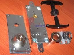 basculanti archivi serrature di sicurezza per porte basculanti