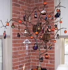 decorations origin of the tree