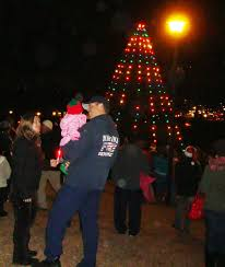 marina christmas tree lighting celebration