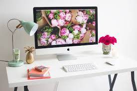 Office Desk Flowers by 16 Ways To Dress Up Your Desk The Style Canvas Scarves Com U0027s
