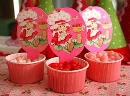 strawberry shortcake party supplies vintage strawberry shortcake party ideas omg i had these at my