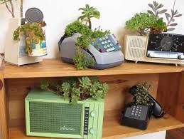 recycled garden containers recycled planters ideas diy recycled