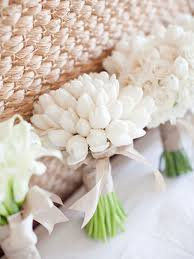 wedding flowers tulips tulip wedding inspiration just in time for inspiration
