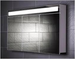 spiegelschränke fürs badezimmer spiegelschrank für badezimmer mit beleuchtung ideen für zuhause