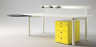 fabricant mobilier de bureau italien bureaux fantoni découvrez la marque italienne chez berhin
