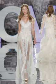 Design Wedding Dress Lace Wedding Dresses From The Bridal Runways Wedding Dresses