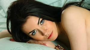 black hair for green eyes hair and model