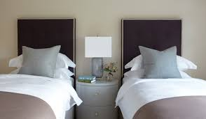 guest bedroom design ideas two twin beds neutral home decor guest bedroom design ideas two twin beds neutral home decor taupe and blue