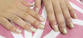 gen zel u2013 she sings beauty first time acrylic nails with nail