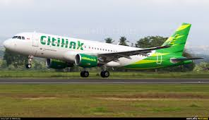 airasia vs citilink pk gqm citilink airbus a320 at sultan iskandar muda international