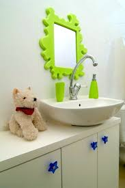 20 charming super cool kids bathroom accessories that will make