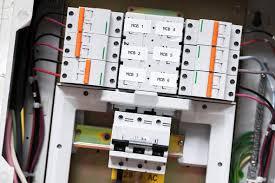 technicien bureau d étude électricité technicien de maintenance électrique salaire études rôle