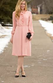 what to wear with a light pink dress light pink dress with black heels is heel