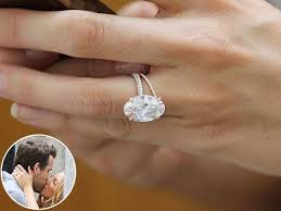 oval shaped engagement rings wedding tips tricks how to choose the engagement ring