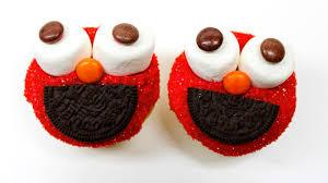 elmo cupcakes how to make elmo cupcakes sesame easy