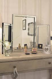 Coiffeuse Design Pour Chambre by The 25 Best Miroir Pour Coiffeuse Ideas On Pinterest Miroirs De
