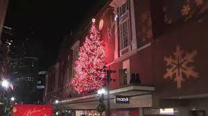 macy s tree lighting boston boston mayor walsh leads macy s christmas tree lighting boston