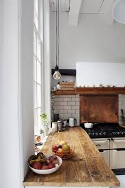 Trendy And Chic Copper Kitchen Backsplashes DigsDigs - Copper backsplash