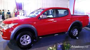 mitsubishi truck indonesia first impression review all new mitsubishi triton 2015 autonetmagz