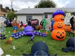 Halloween Outdoor Decorations Ireland by The Creative Fantastic Inflatable Halloween Decorations The