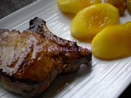 comment cuisiner des cotes de porc côtes de porc ibérique iberico au miel et pommes caramélisées