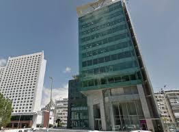 sede santander santander se queda de momento la sede central de banif
