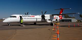 file qantaslink vh qoj bombardier dash 8 q400 jpg wikimedia