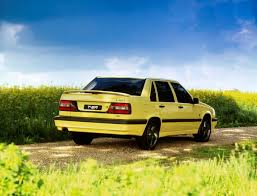 big volvo here u0027s a big fat happy 25th birthday to the volvo 850 autoevolution