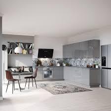 cuisine ouverte moderne l aménagement d une cuisine ouverte en 10 photos but