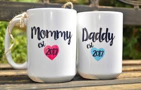new mommy or daddy mugs est year cute pregnancy