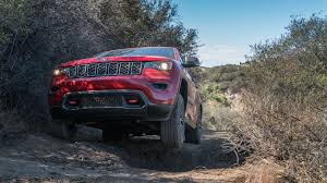jeep grand cherokee trailhawk off road the 2017 jeep grand cherokee trailhawk is better than our judgement