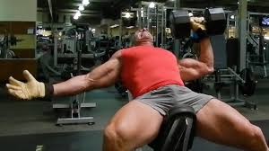 pecs of with one arm dumbbell press