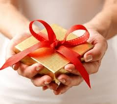 discover numerous ideas for christmas gifts and gift wrapping