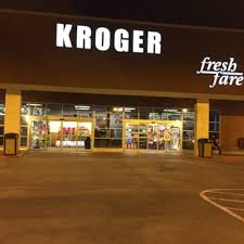 What Time Does Kroger Close On Thanksgiving Kroger 41 Photos U0026 81 Reviews Grocery 4142 Cedar Springs Rd